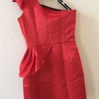 Red One Shoulder Dress/ Gaun Merah