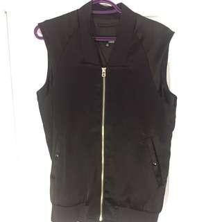 Aritzia Wilfred Free Satin Vest