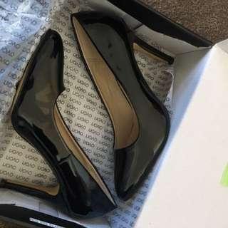 Novo Heels Black Patent Court Heels