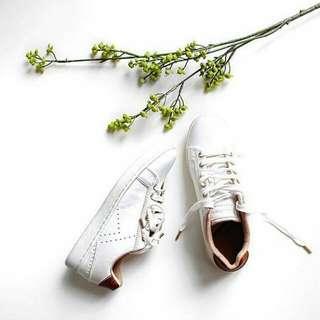 STRADIVARIUS' White Sneakers
