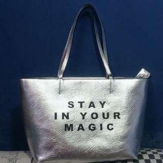 Stradivarius Bag Stay In Your Magic