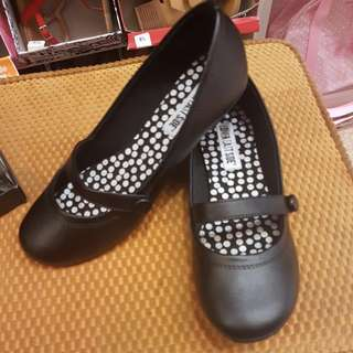 Sepatu Flat Shoes Black