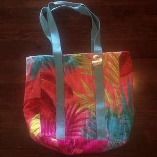 Vue Beach Bag