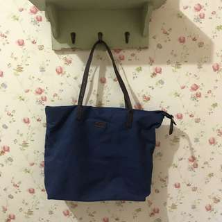 Bata Shoulder Bag