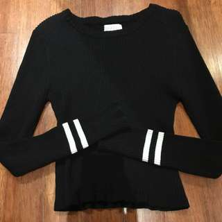 Forever 21 Sweater Top