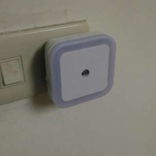 🚚 省電型LED光控夜燈 讓你不再找不到開關