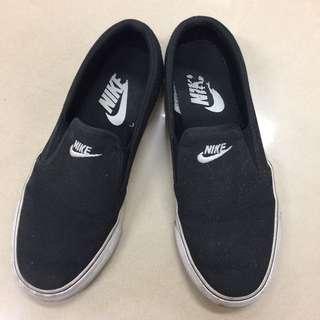 🚚 NIKE黑色懶人鞋