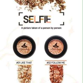 Witch's Pouch Selfie Fix Pigment [#01 Like that]