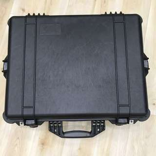Authentic Pelican Case Model 1600