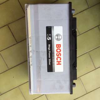 Great Condition Bosch S5 100AH Battery