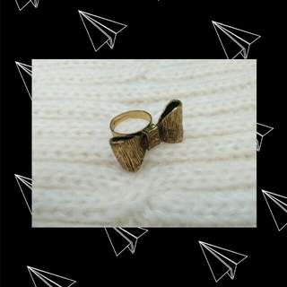 Bow Ring Gold Brown (Cincin Pita)