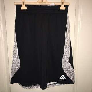 Adidas Basketball Shorts Size M
