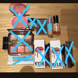 Make Up Items- Jeffree Star, Hourglass, Natasha Denona Eyeshadow Palette 5, Highlighter, Tom Ford Lipstick Spanish Pink, Suqqu, Kylie Lip,  Ellis Faas, Koh Gen Do Foundation