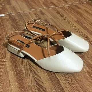 全新/36/復古方頭交叉綁帶中跟包鞋/涼鞋