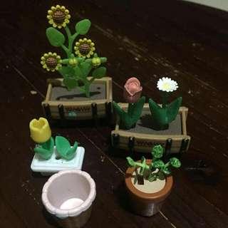 Sylvanian Families Flower Garden items