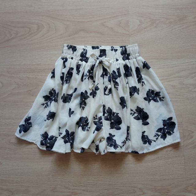 全新花褲裙