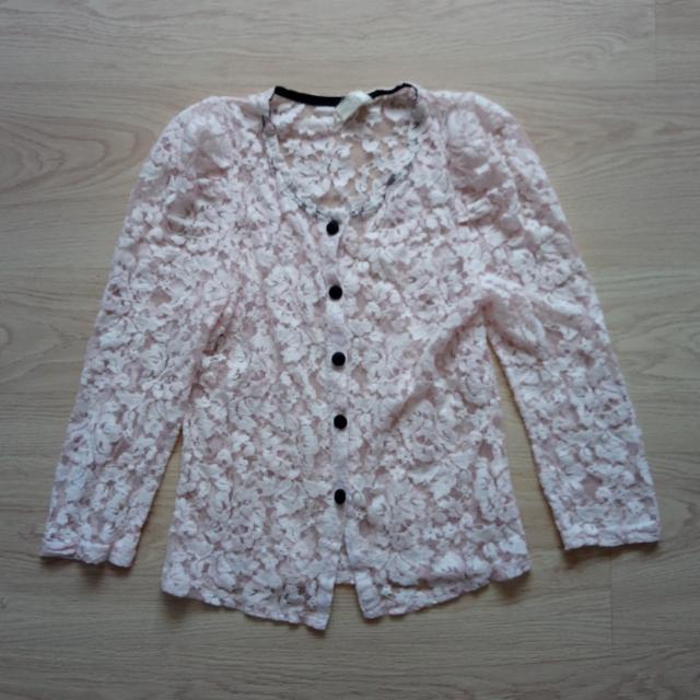 蕾絲七分袖罩衫