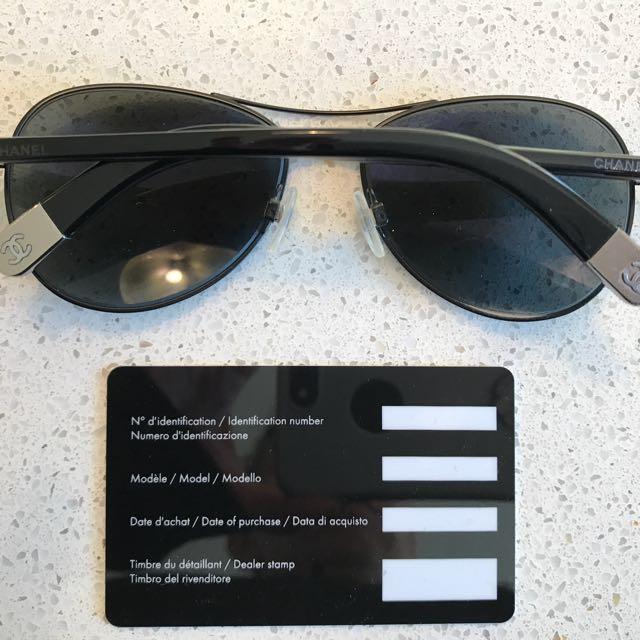 AUTHENTIC CHANEL small Aviator Sunglasses