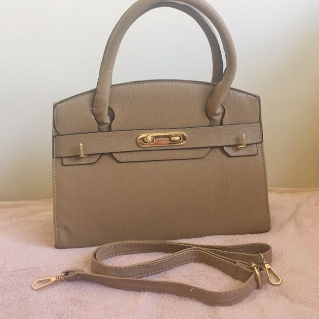 Brown Handbag With Strap