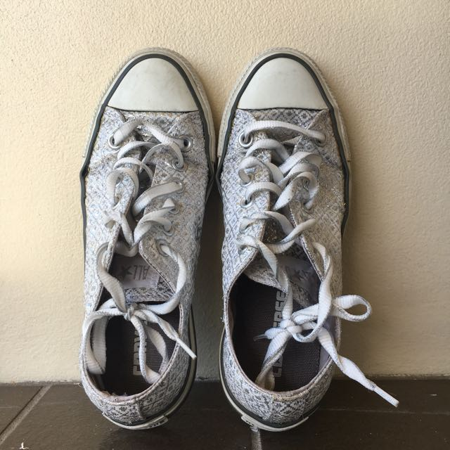 Converse Chuck Taylor All Star Shiny Silver Low Top Sneaker