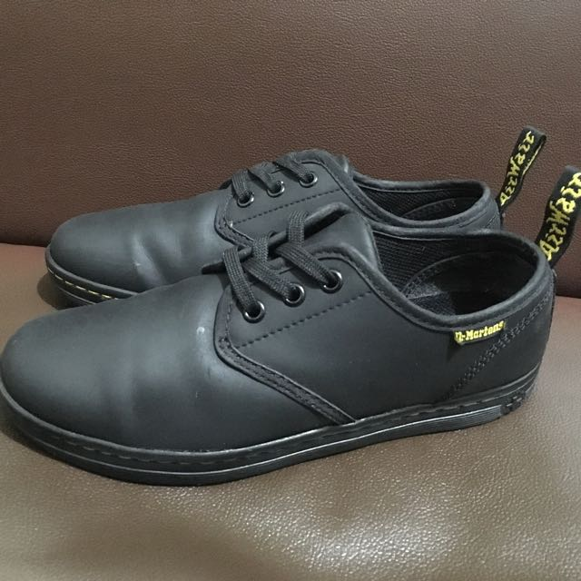 Dr Martens Soho leather