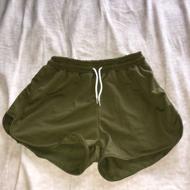 Green Dolphin Hem Shorts