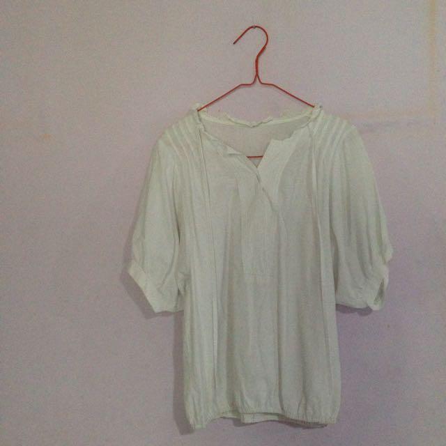 Kaos / Batwing / Putih / Baju