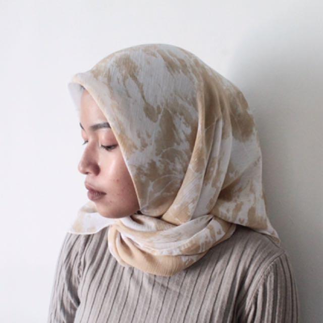 kerudung hijab motif