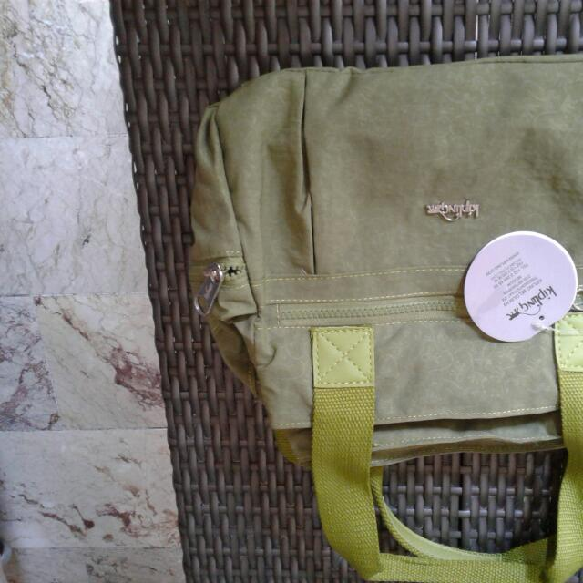 Kipling slim bag