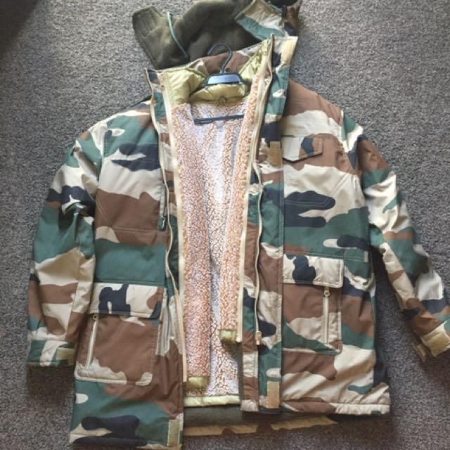 Men's Army Jacket with Removable Layer Of Insulation
