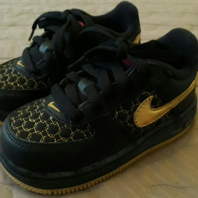 71198a1fb475 Vintage 2007 Nike Baby Force 1