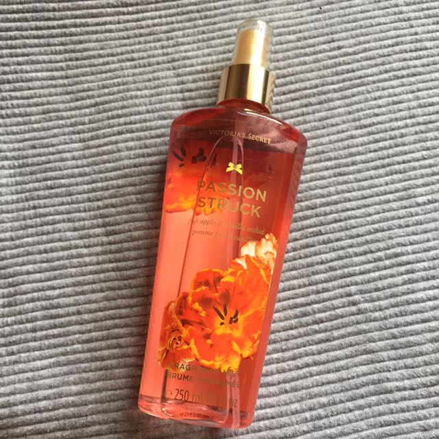 Original Victoria Secret PASSION STRUCK Fragrance Mist