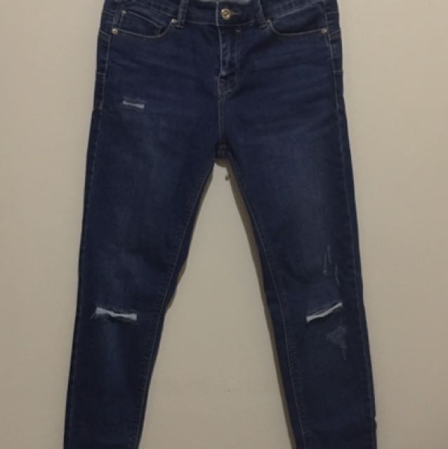 Push Up Dark Washed Denim W/ Knee Ripped Stretchable