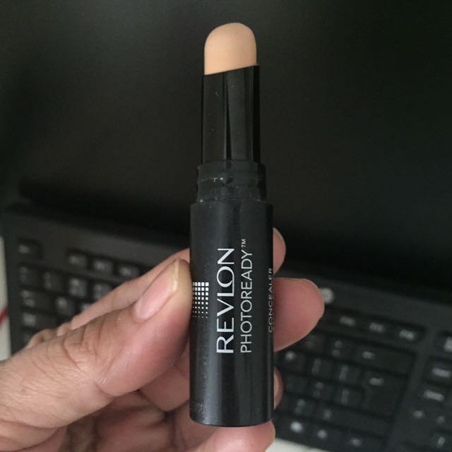 ❤️reprice❤️ Revlon Photoready Concealer