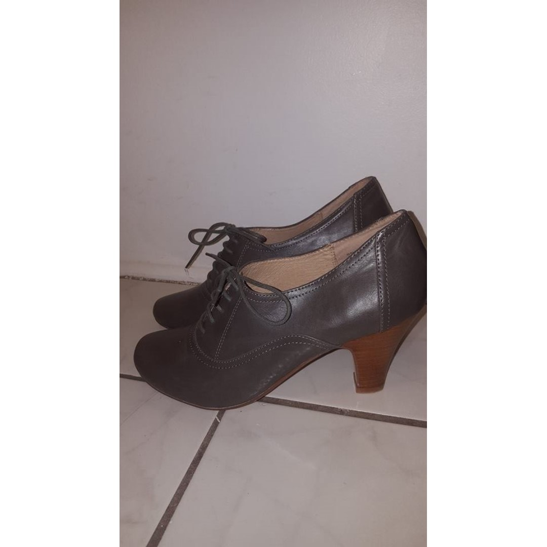 New Nine West shoes