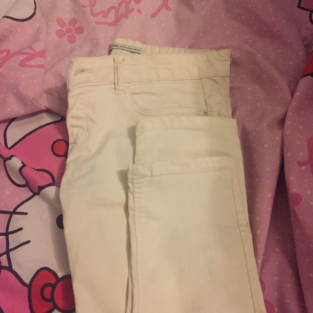 Stradivarius White Jeans