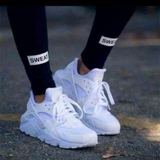 Nike Huareche