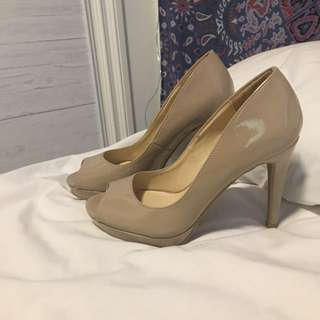 Sirens Nude Pumps