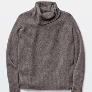 Community Plutarch Sweater