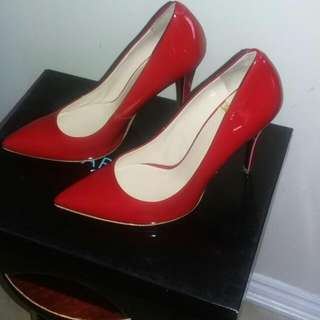 Marciano Red Shoes .size 7