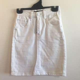 White Denim Ziggy Skirt
