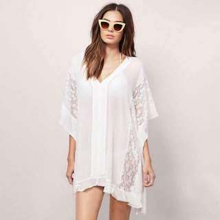 U.S. Style Lace Chiffon Plus Size Cover Top💕 💫Chiffon fabric, soft and comfy  💫Lace detailed  💫Batwing Sleeve  💫Free size fits up to XL 💫Good quality