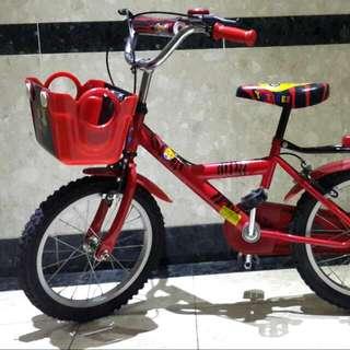 紅色腳踏車