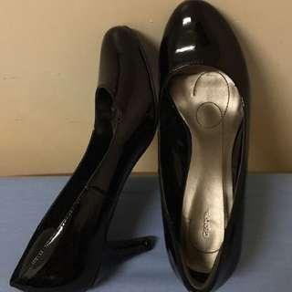 """Black Heels *size 7.5, 3"""" heel*"""