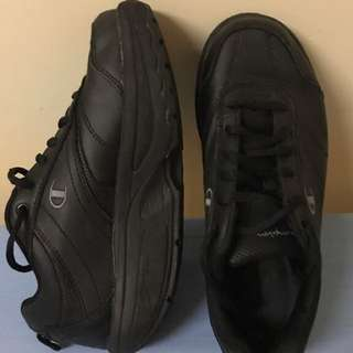 Champion safeTstep non-slip sneakers *size 7*