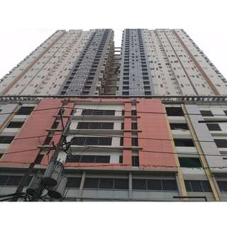 12,000 a Month! 2 Bedroom Condo in Makati City near Makati Med