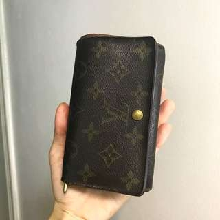 SELLING LOW! AUTHENTIC LV WALLET