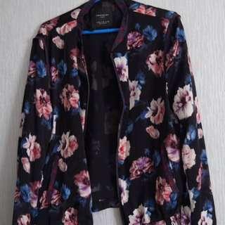 Bomber jacket Flower zara