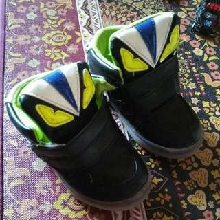 Sepatu Led Fandy