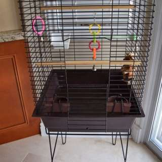 STEEL BIRDCAGE LIKE-NEW CONDITION W/ STAND & ACCESSORIES